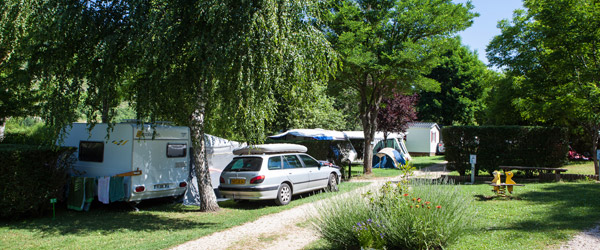 emplacement-allee-camping